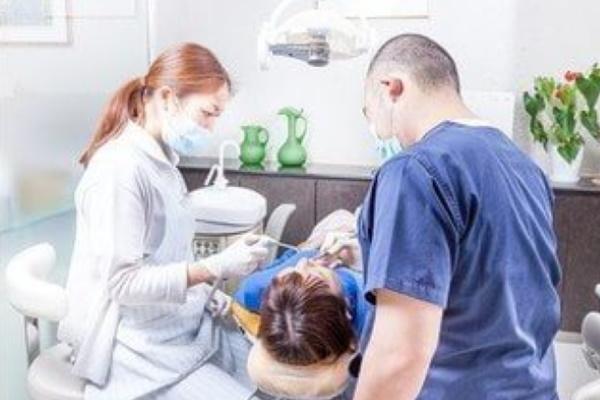woman dentist